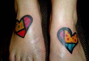Fotos-de-Tatuagens-de-Artistas-Famosos-Pintor-Romero-Britto7-300x206