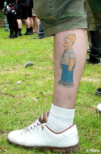 930-homer-simpson-tattoo-on-foot_large