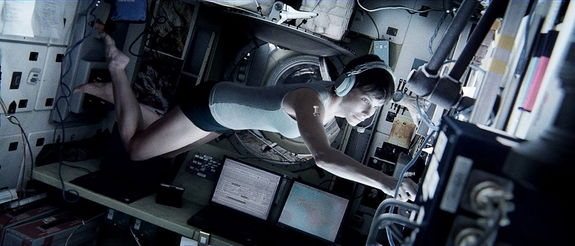 gravity-movie-bullock-astronaut