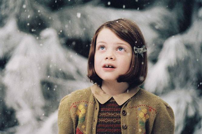 Lucy-Pevensie-lucy-pevensie-2503492-666-443
