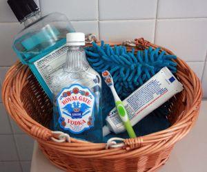 uso-para-vodka-barata-cuidado-com-os-dentes-bucal
