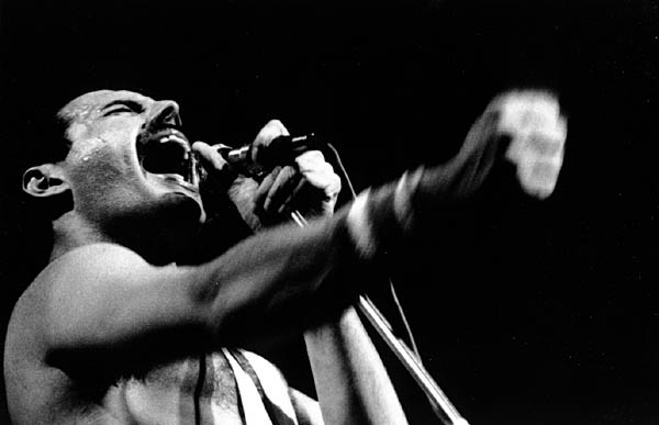 freddie_mercury_rock_in_rio