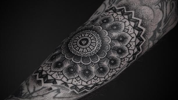 mandala-tattoo (1)