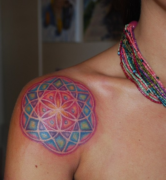 mandala-tattoo-design-shoulder-color-rainbow-feminine-cute-pattern-scared-circles-geometry-spiritual