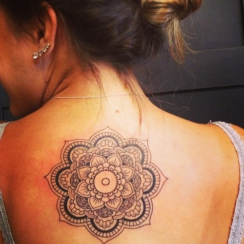 mandala-tattoo-on-girl-upperback
