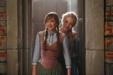 Once_Upon_a_Time_elsa-anna-2