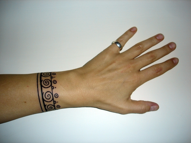 bracelet-tattoo-idea-2