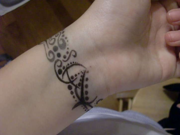 New-Bracelets-Tattoo-Designs-Trends-2013