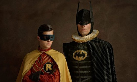 renaissance-cosplay-batman-and-robin-600x449