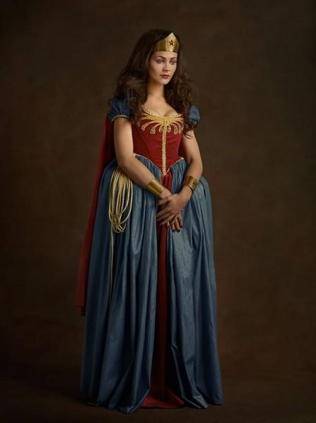 renaissance-cosplay-wonder-woman-449x600