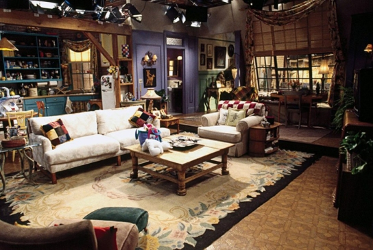 charm-friends-tv-show-monica-apartment-set
