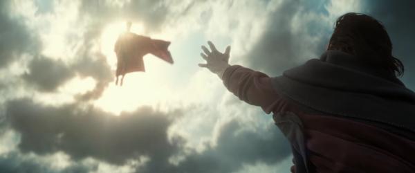 batman-v-superman-image-12-600x250