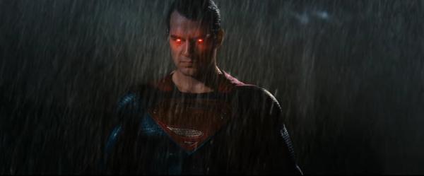 batman-v-superman-image-26-600x249