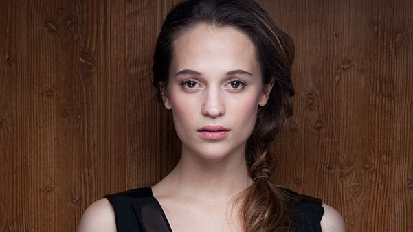 HD-Alicia-Vikander-Wallpapers-04