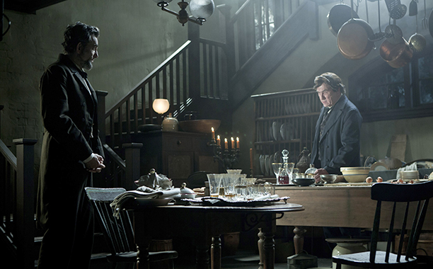 LINCOLN, from left: Daniel Day-Lewis as President Abraham Lincoln, Tommy Lee Jones, 2012, ph: David