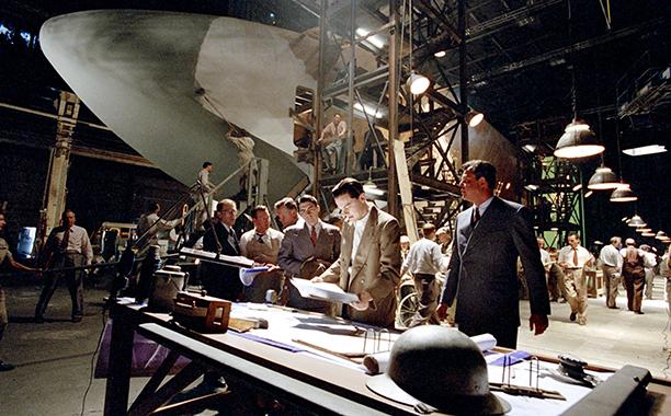THE AVIATOR, Leonardo DiCaprio, Danny Huston, 2004, (c) Miramax/courtesy Everett Collection
