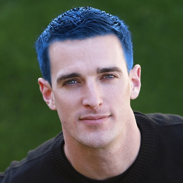blue-hair-men