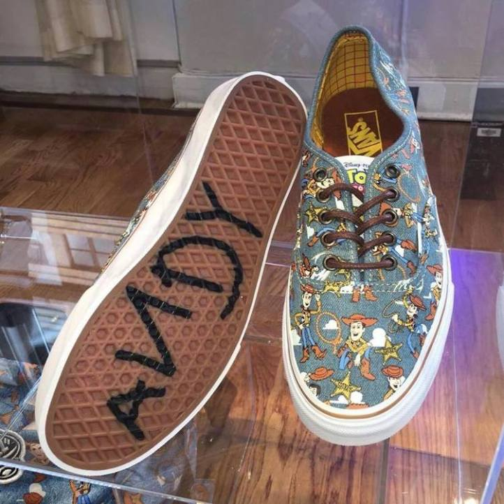 vans-colecao-toy-story-5